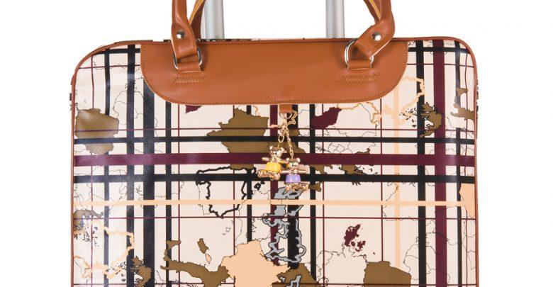 عروض جولي شيك على شنط سفر suitcase